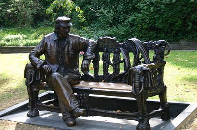 Statue of Spike Milligan by John Somerville